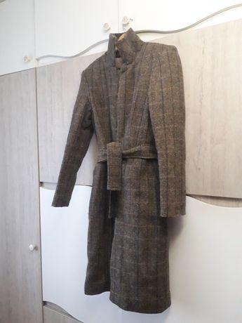 Palton NOU de stofa lana cu vatelina foarte groasa