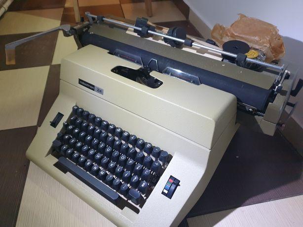 Masina de scris Robotron 24