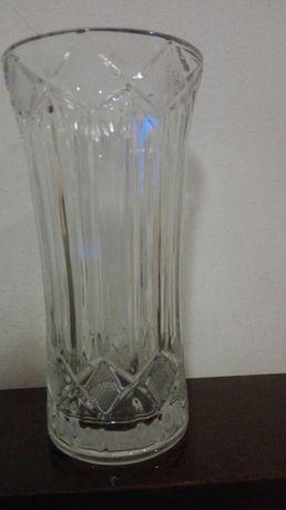 Кристална ваза