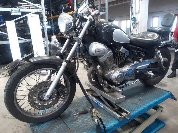 Мотоциклет Ямаха вираго(virgo 250)-на части