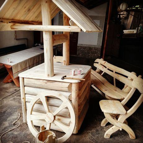 Fantana rustica decorativa din lemn (**CASA PADURARULUI**)