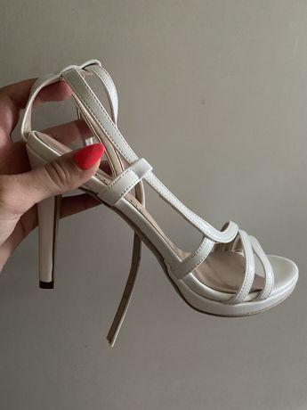 Обувки Zee Lane