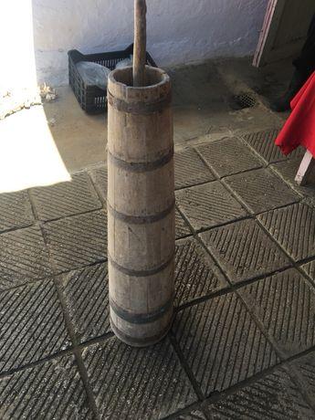 Уред за биене на масло