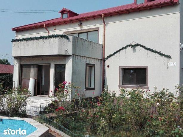 Teren 810 mp si casa -  str Alexandru Lapusneanu, nr 19, Eforie Nord