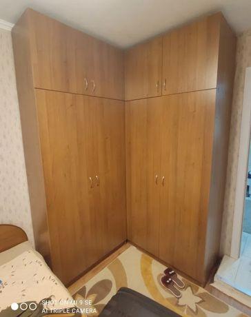 Шкаф угловой, мебель