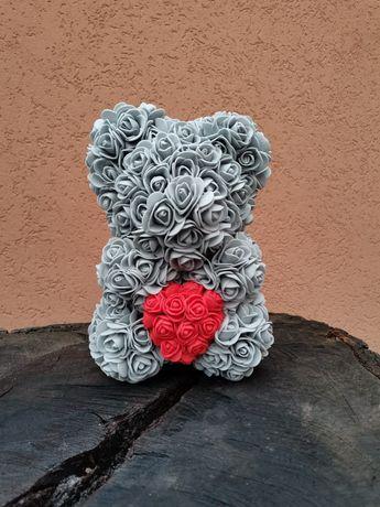 Ursuleț din flori de spumă