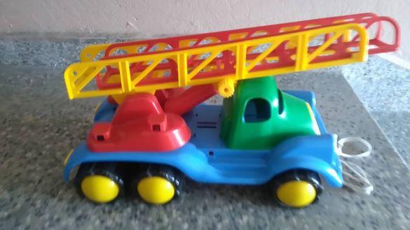 Детски камион