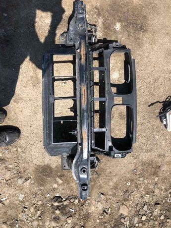 Маска/ охладител БМВ Х5, Е70 (maska/ ochilarka BMW X5, E70)