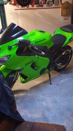 Dezmembrez Kawasaki Ninja Zx6R 636 05-06