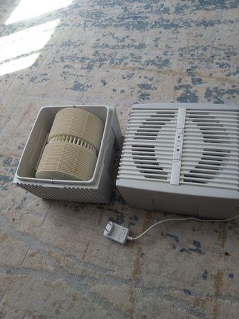 Продам очиститель и увлажнитель воздуха