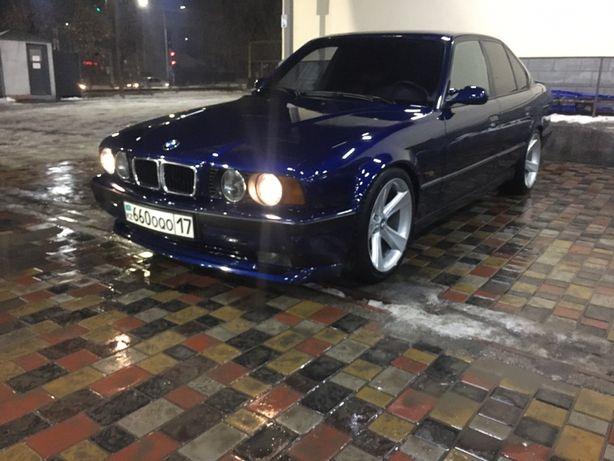 Продам BMW 540 ..об 4.4...по тех об 3.