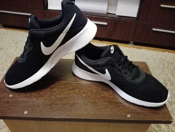 Adidasi Nike Tanjun,Marimea 44,5!ORIGINALI!NOI!Model Running&Fitness!