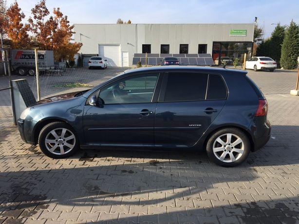 Volkswagen golf 5 UNITED, Bluemotion