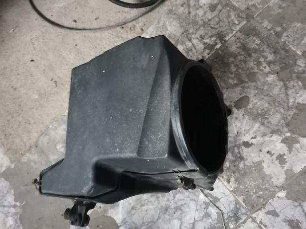 Carcasa Filtrul aer Ford 1.6 Benzina