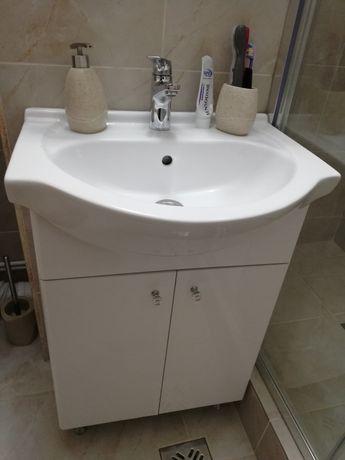 Mobilier baie cu lavoar