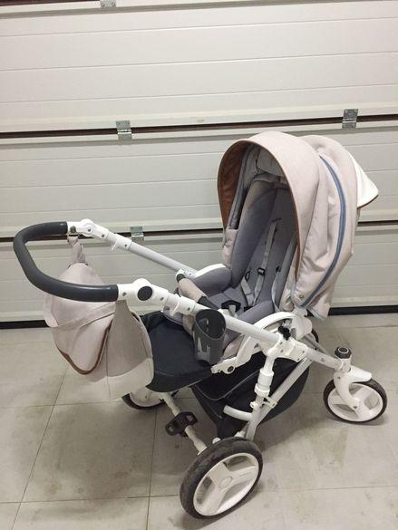 Бебешка сгъваема количка