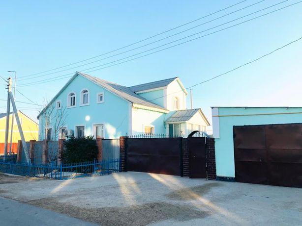 Сдается в аренду двухэтажный жилой дом в жумыскере1 вдоль дороги