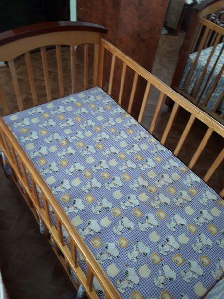 Продам детскую кроватку (манеж)
