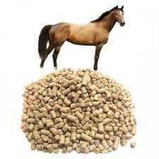Комбикорм для откармливаемых лошадей.
