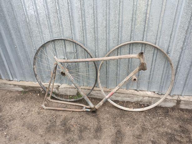 Продам Раму от Велосипеда Урал
