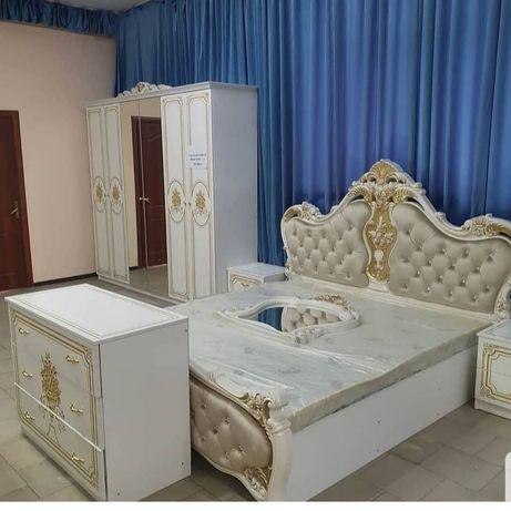 Спальный гарнитур дёшево  Кристина 6д заводская готовая прямая со скла