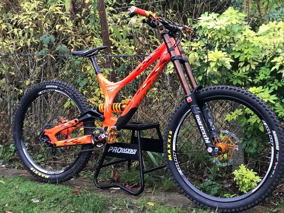Specialized Demo 8 TLD