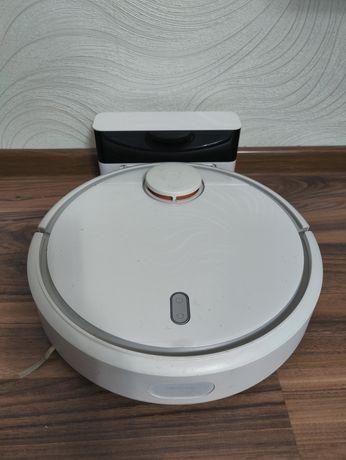 Продам робот пылесос Xiaomi