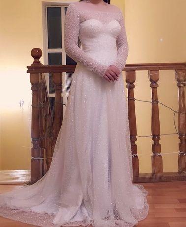 Свадебное платье сшитое на заказ дизайнером