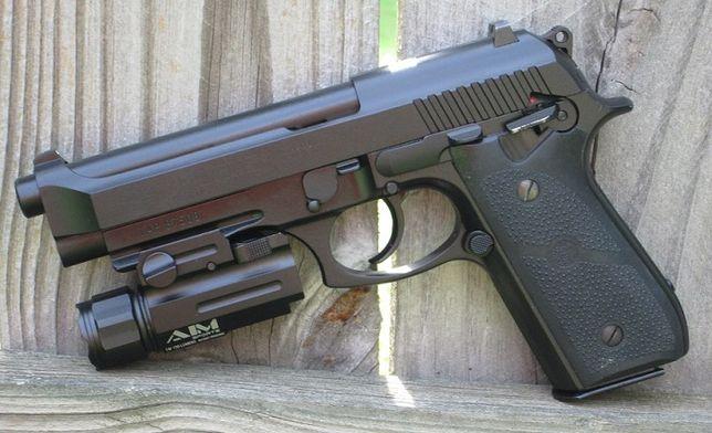 FOARTE PUTERNIC-Model LIMITAT pistol Airsoft Co2 Modificat Beretta M9