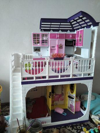 Домик с мебелью для девочки
