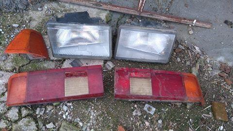 комплект фарове и стопове за Москвич + един мигач