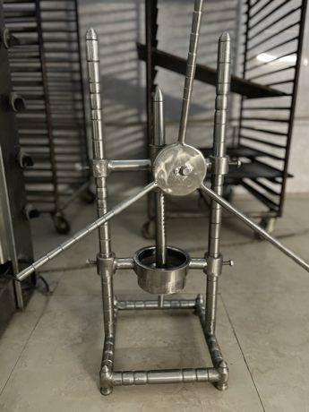 Ручная соковыжималка механическая