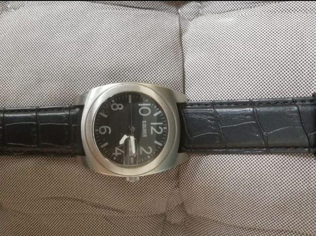 Продам наручные часы! Японский кварцевый механизм.