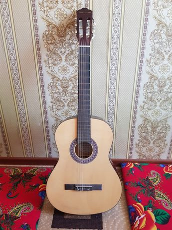 Гитара Cortland