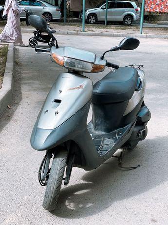 Suzuki lets 2 скутер мопед