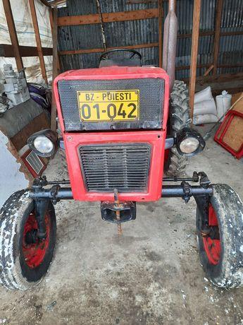 Tractor L 445 (legumicol) Presa claas + cositoare poloneza+grebla kuhn