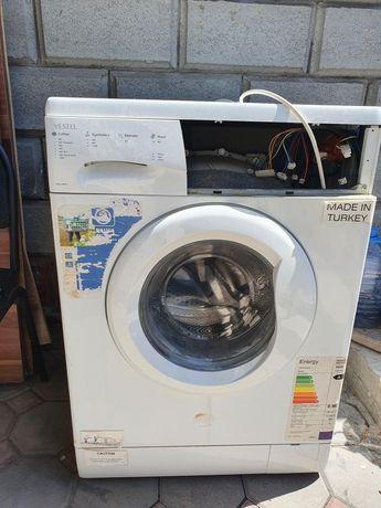 Продам 2 стиральные машины на запчасти