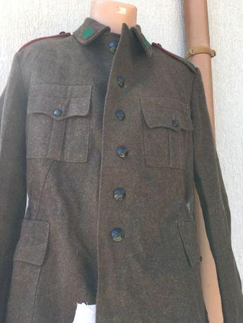Военно палто