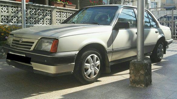 Опел Ascona Touring 1,6 i