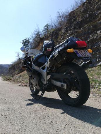 Yamaha FZR 600 B proiect