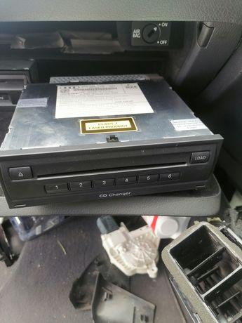Magazie cd Audi a6 c6 mp3, unitate mmi cu 2 carduri navigație