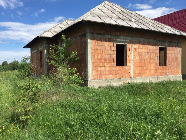 Teren și construcție nefinalizata Frătăuții Noi (deal Căpreni)