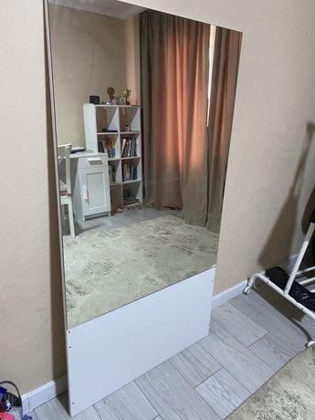 Продам зеркало 140/75