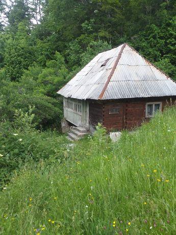Vand casa la munte