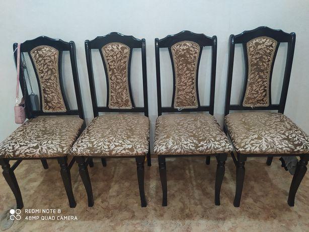 Продам стулья для гостинной
