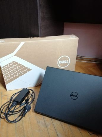 Laptop Dell Inspiron 3542 cu procesor Intel® Core™ i3-4005U