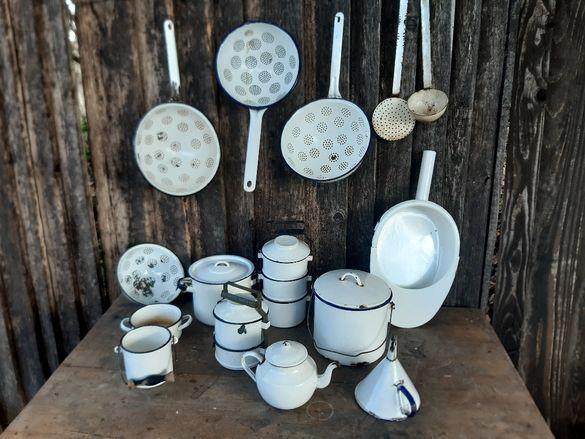 Ретро емайлирани съдове за Вашата Винтидж кухня или битов кът