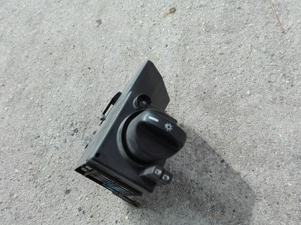 Ключ фарове мерцедес Е класа W 210 96 г
