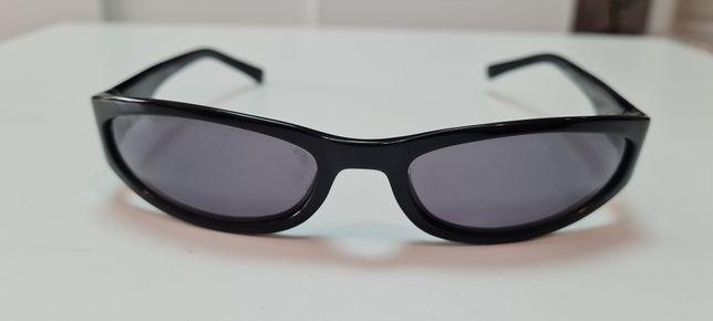 Vand ochelari de soare Emporio Armani