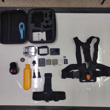 Экшн камера с кейсом Eken H5s Plus, флэшкой на 64гб и держателями